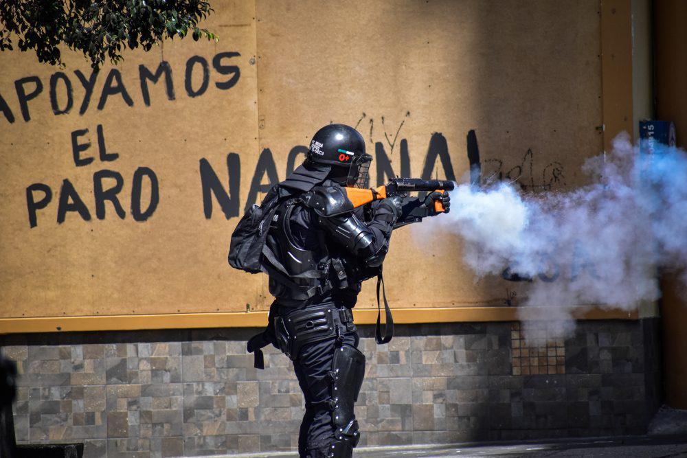 policia-colombia-2-1000x667
