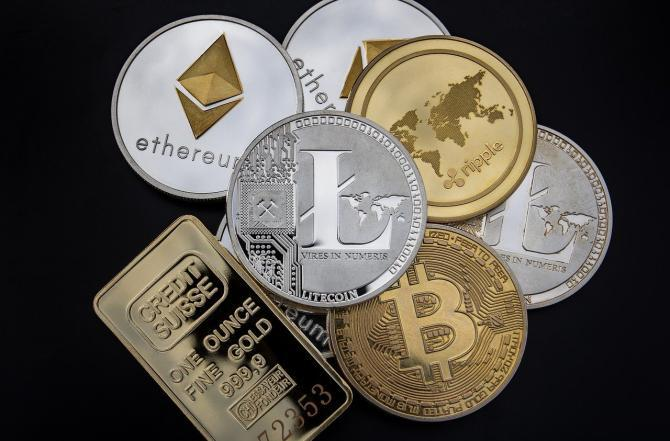 1904_cryptocurrency-3409725_1280-1