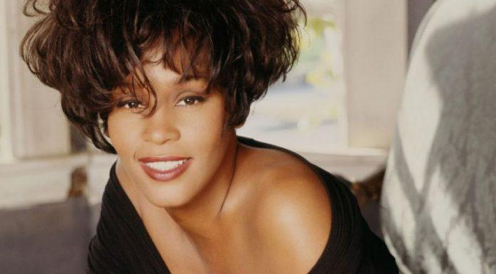whitney-houston-696x385